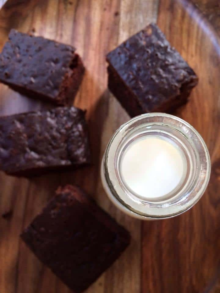 This chocolate zucchini brownie is a delicious and healthy way to enjoy a sweet dessert | gardeninthekitchen.com