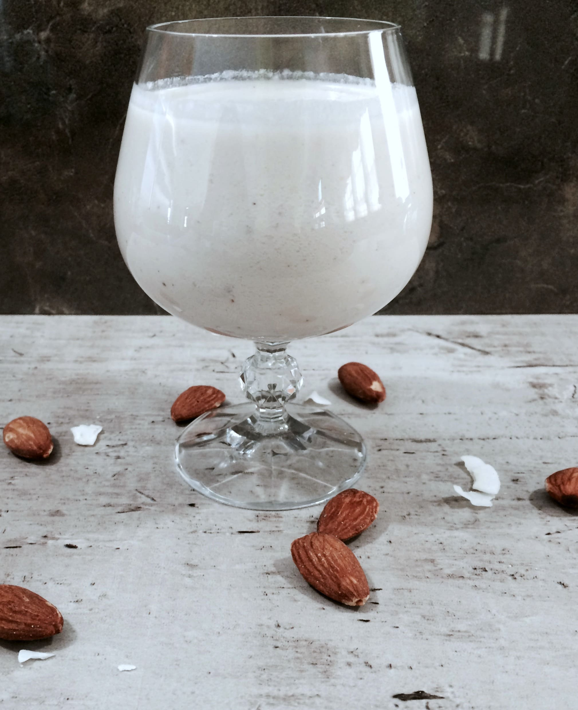 This Almond Coconut Milk has a delicious nutty flavor, it's so rich and really healthy too!