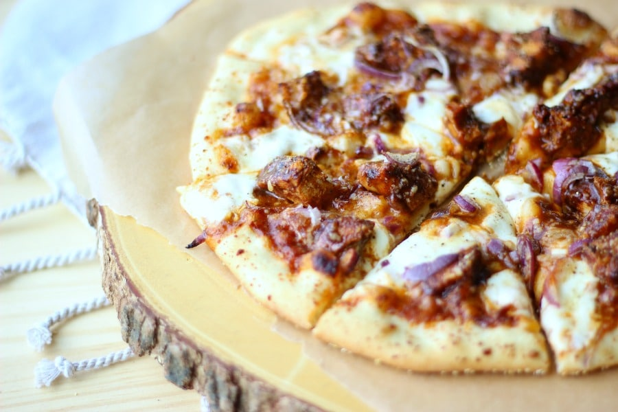 This mouthwatering barbecue chicken pizza topping is recipe to impress! gardeninthekitchen.com